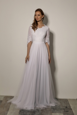 Modest wedding gowns 2018 Trish (1)