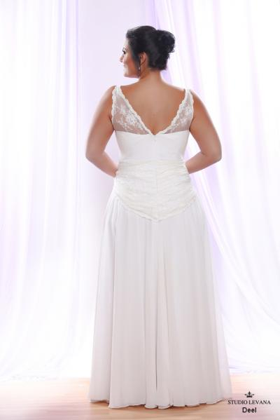 Plus size wedding gown White collection Deel (3)
