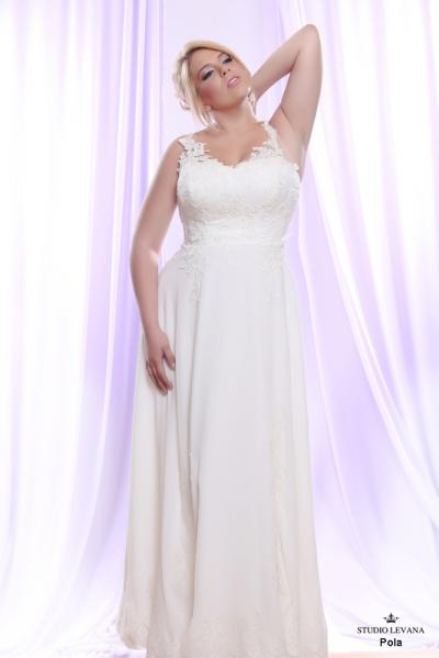 Plus size wedding gown White collection Pola (2)