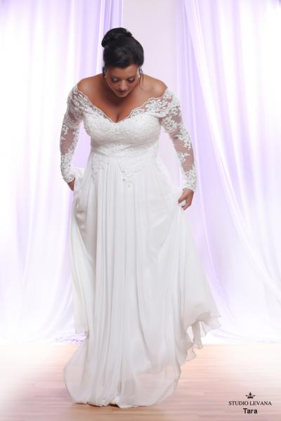 Plus size wedding gown White collection Tara (3)