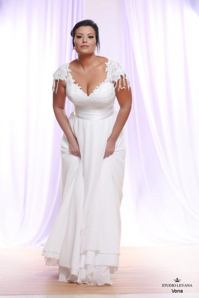 Plus size wedding gown White collection Vona (2)