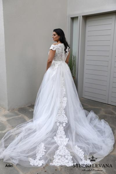 Plus size wedding gowns 2018 Adel (3)