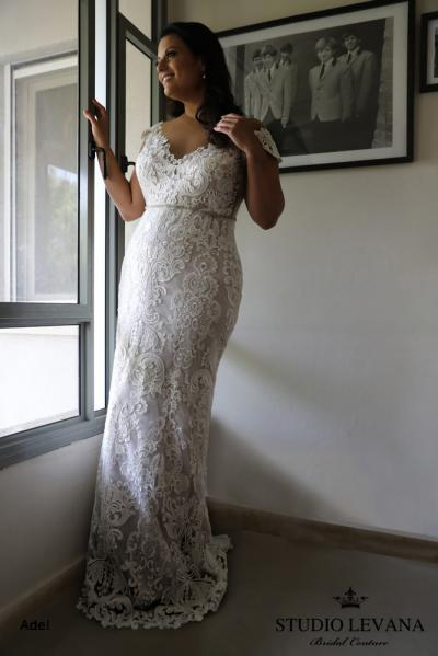 Plus size wedding gowns 2018 Adel (6)