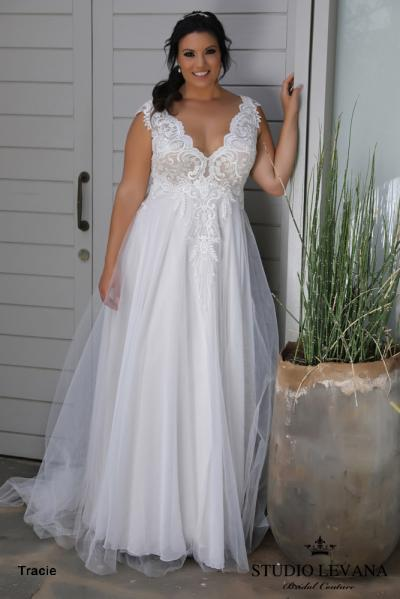 Plus size wedding gowns 2018 Tracie (4)