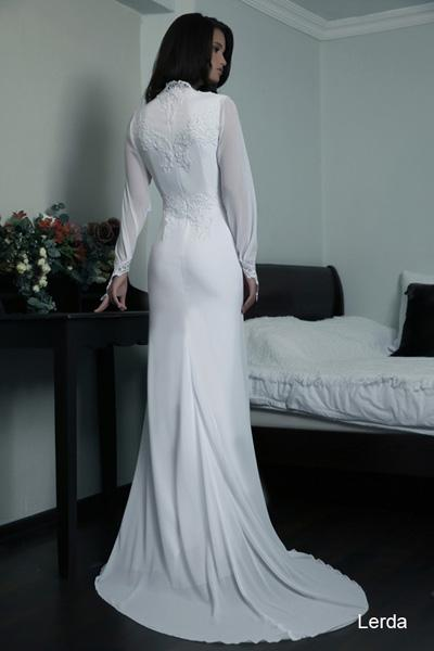 Modest wedding gowns 2015 lerda (1)