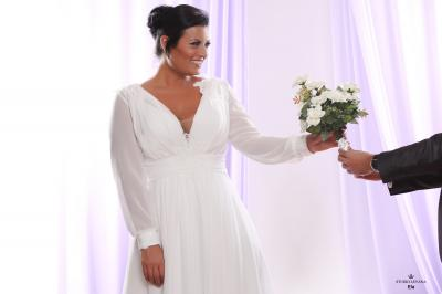 Plus size wedding gown White collection Ela (1)
