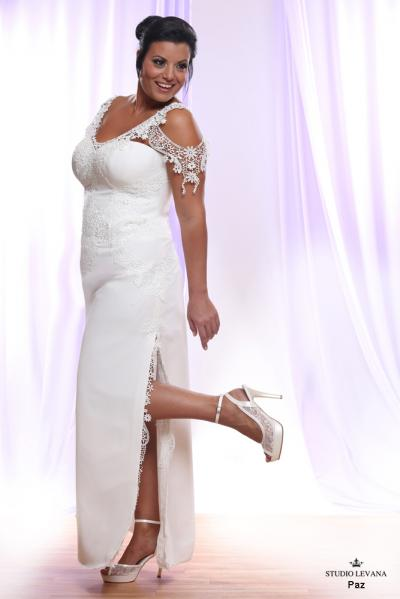 Plus size wedding gown White collection Paz (3)