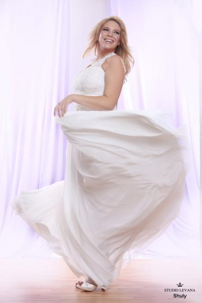 Plus size wedding gown White collection Shuly (3)