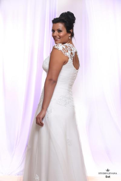 Plus size wedding gown White collection Sot (2)