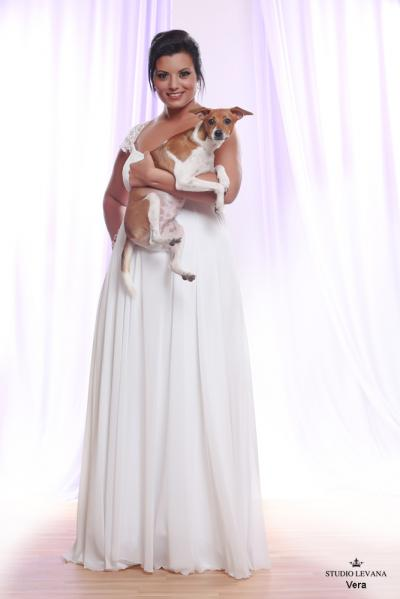 Plus size wedding gown White collection Vera (1)