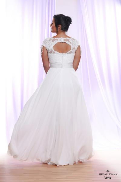 Plus size wedding gown White collection Vona (3)